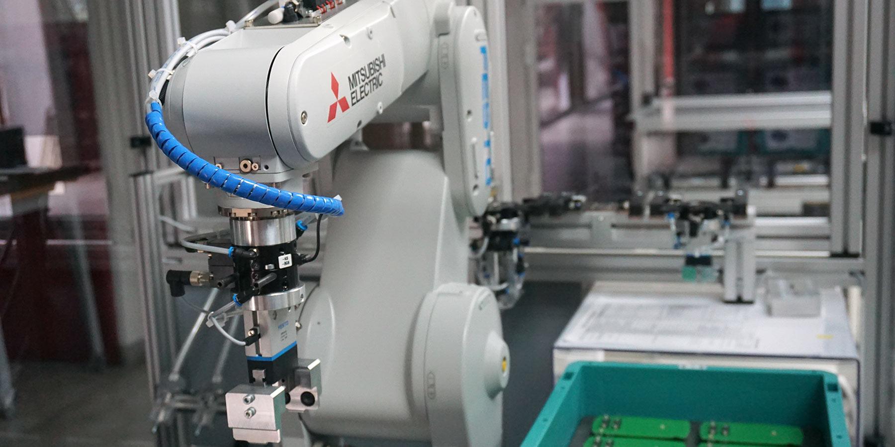 robotics-in-factory